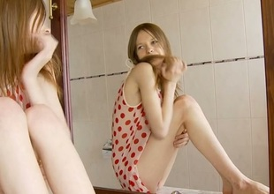 Beauty is easing her wants with intense snatch fingering