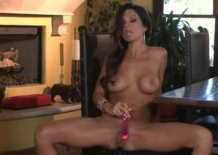 Wonderful brunette prostitute likes to demonstrate her naked sexy body. She is a professional cock sucker and she knows some special secrets about blowjobs. Enjoy our new video.