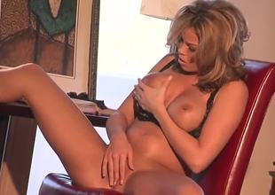 Hot and sexy Brea Lynn is her and she wants to make her pussy wet while sitting on a chair and waiting for her boyfriend to come. Just take a look how she is fingering her snatch