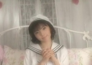 DAIMATSU Yuyu in sailor costume