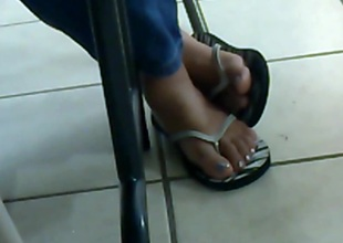 My Friend's Candid Feet 2(2013)
