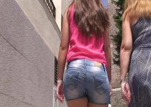 spanish candid teen ass