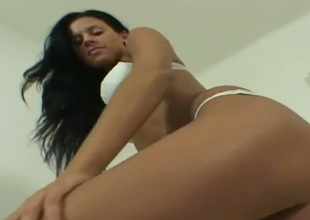 Gorgeous chick Zooey gets nude and masturbates with sex toy