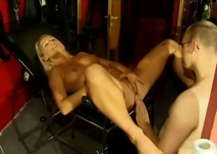 Impassioned blonde having her shaved pussy fingered before being hammered missionary