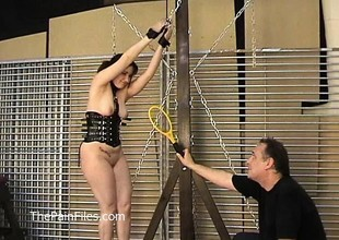 Kinky amateur bondage and whipping