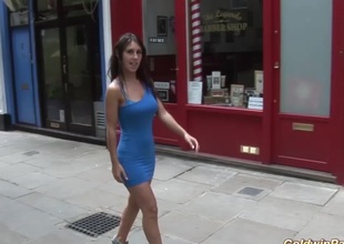 beautie picked up for sex in public