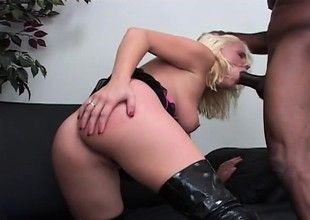 Skinny blonde Missy Monroe gets her ass trained by a black dick