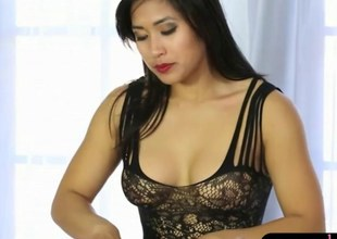 Asian masseuse in sexy lingerie gets her pussy ripped up on a table