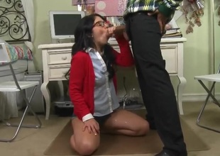 Teen breathtaker Madelyn Monroe is desperate for oral sex and Voodoo knows it