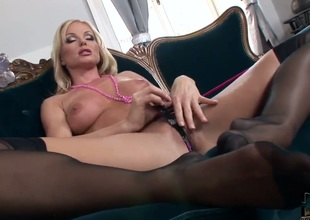 Blonde Silvia Saint parts her legs to fuck herself, take vibrator in her dripping wet muff pie